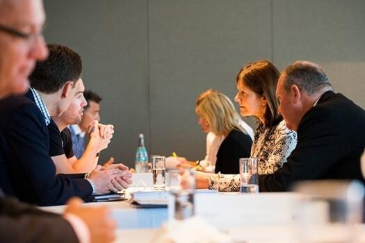 EY-2014-australian-ey-entrepreneurs-of-the-year-National-Judges-Reception-525x350.jpg
